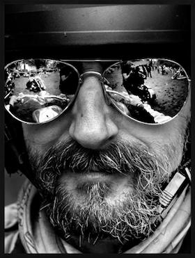 Heminredning fotografi Glasses on biker