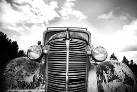 Canvastavla  Poster Heminredning. Old car.