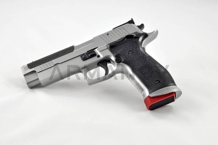 Armanov - Magazine Base Pad for Sig Sauer P226, X-Five, LDC +2RND – MAXXXGRIP