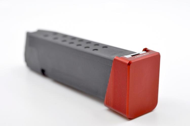 Armanov - Magazine Base Pad +2rnd for Glock – V2