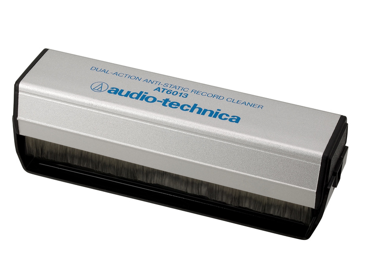 Audio-Technica AT6013, Dubbel antistatisk skivborste
