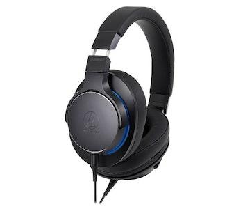 Audio-Technica ATH-MSR7bBK sluten hörlur
