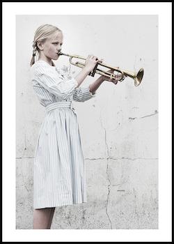 """Trumpet girl"""