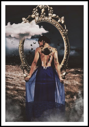 """Mirror mirror"""