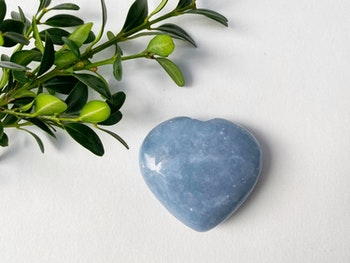 Angelit, hjärtan handpolerad