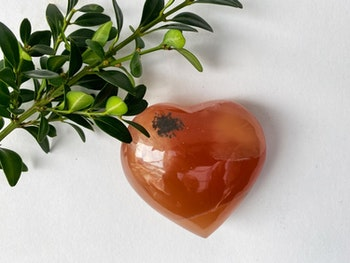 Kalcit, honung hjärta AA