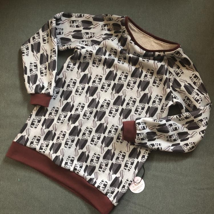 Sweatshirt strl 134
