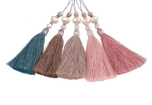 Tofs /tassle i med pärlor i 5 olika färger