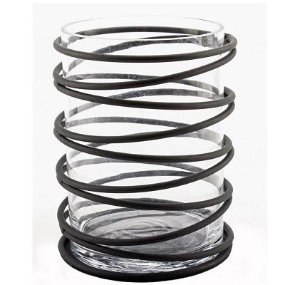 fin glasljushållare med smide virat som spiral runt glaset