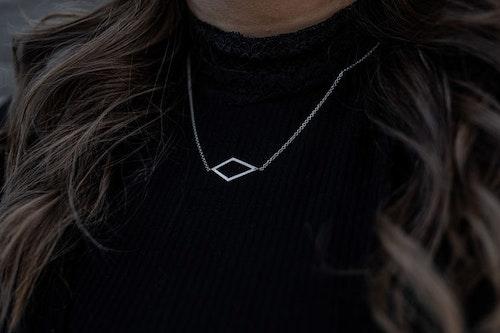 Pyx Halsband