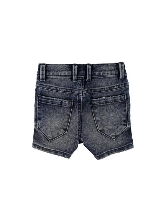 Snygga jeansshorts från Name it i 5-ficksmodell & reglerbar midja. Material: 84% Bomull, 12% Polyester & 4% Elastan   Färg: Mellanblå Denim
