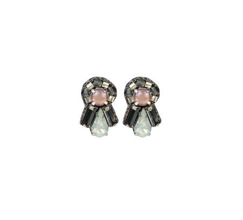 Söta örhängen från Pipol´s Bazaar med glaskristall dekorationer & en mjuk sammets baksida. Lätt att bära på grund av den lätta vikten på varje bit. Örhängena är allergitestade & nickelfria. Storlek: 2