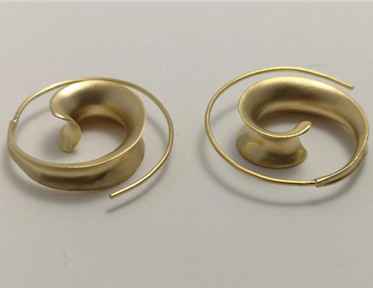 Unika handgjorda örhänge från Pold Design i 925 Sterling silver förgyllda med 18 Karats Guld.