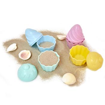 Färgglada strandleksaker från Rice formade som muffins. Säljs 4 st/set. Storlek: 8 x 16 x 6 cm