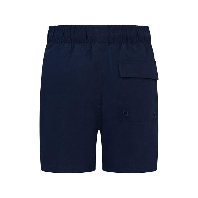 Snygga och stilrena badshorts från Lyle & Scott med resår i midjan, innerbyxa och fickor i sidorna samt en broderad logga på vänster ben. Material:   Färg: Navy