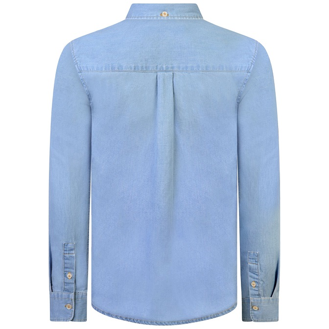 Snygg, klassisk skjorta i bomulls chambray från Lyle & Scott med button-down krage och bröstficka med broderad logga på. Material: 100% Bomull  Färg: Ljusblå