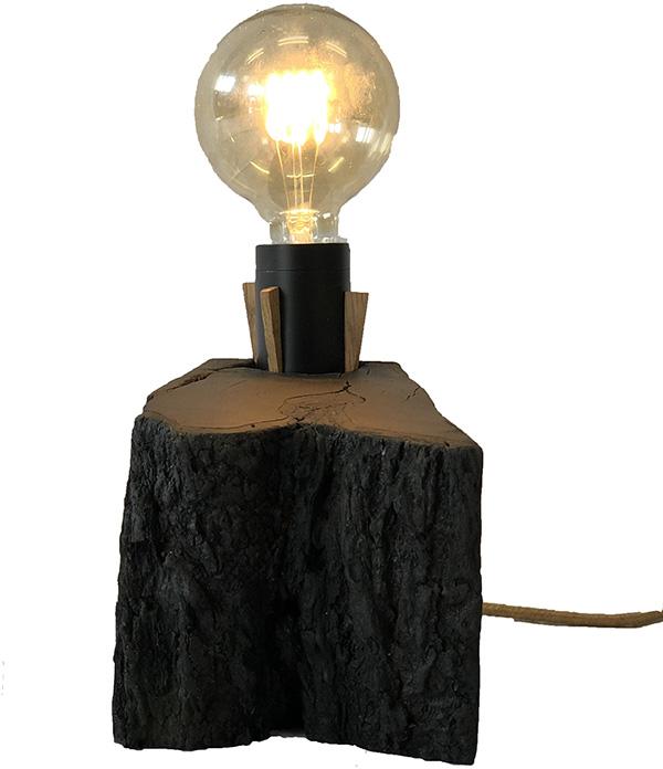 Lampa i bränd körsbär