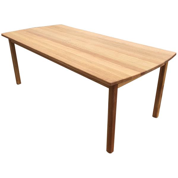 Matbord med klassisk benställning och iläggskivor