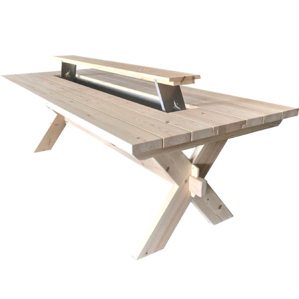 Midsommarbord, utomhusbord med islåda, rustikt utebord