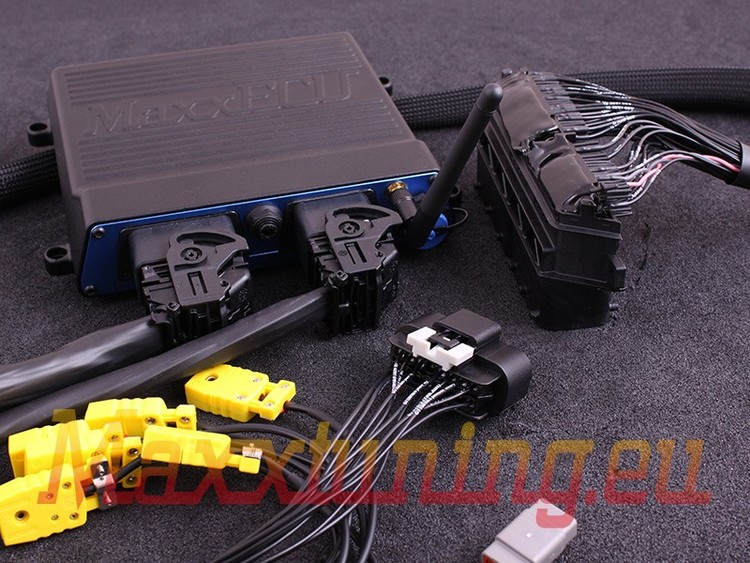 Ford Focus RS (2009-2010) MaxxECU RACE H2O Plugin STANDARD