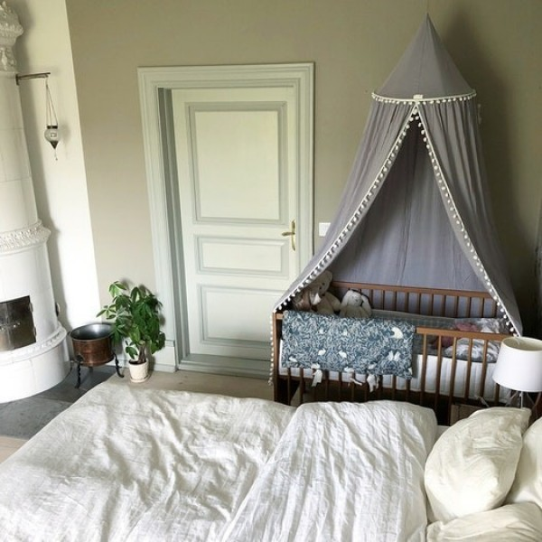 Sänghimmel med pompom