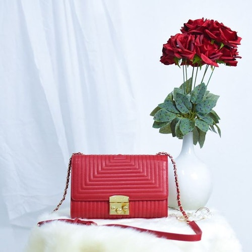 La Bella Sweden red crossbody bag