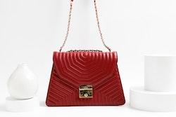 La Bella Sweden red spider shoulder bag