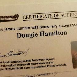 DOUGIE HAMILTON - BOSTON BRUINS - SIGNERAT FOTO MED COA