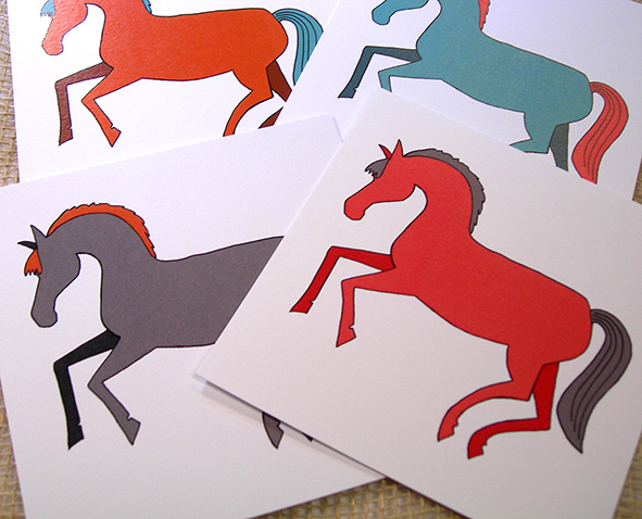 Kort hästar i färg med kuvert