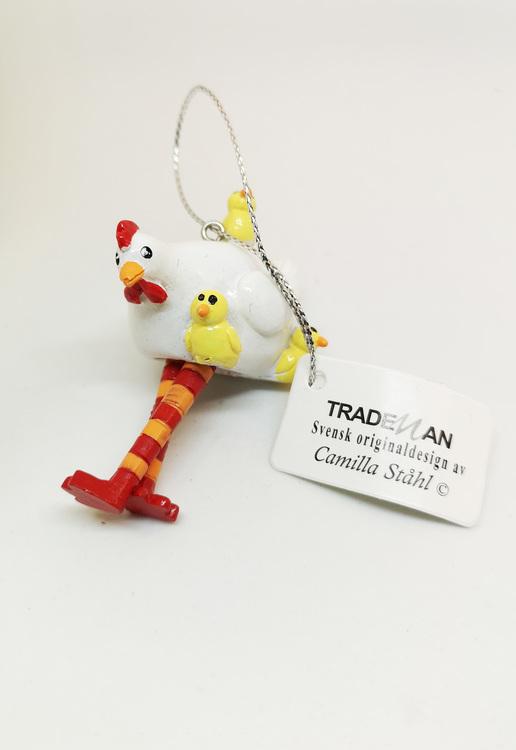 Höna med kycklingar att hänga