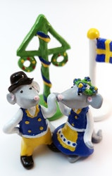 Dansande möss i Sverigedräkt