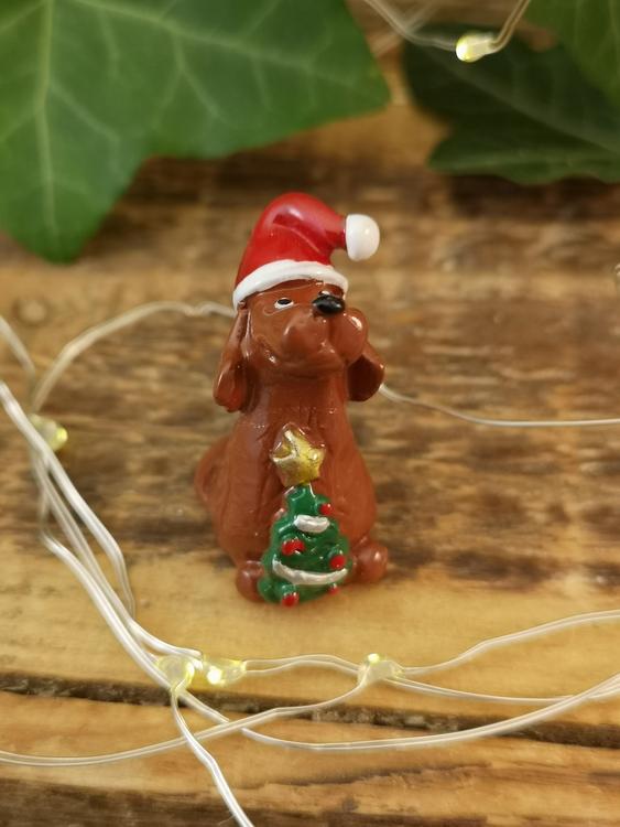 setter med julgran i polystone