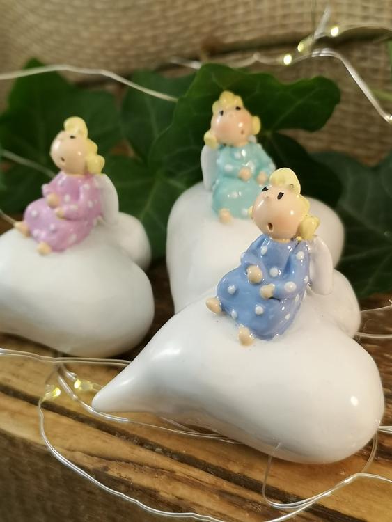 änglar på vita hjärtan