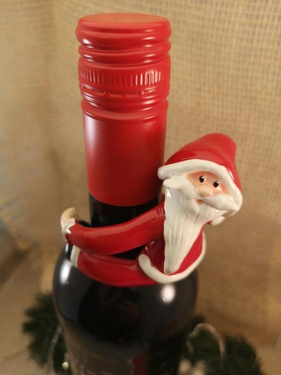 tomte till vinflaska