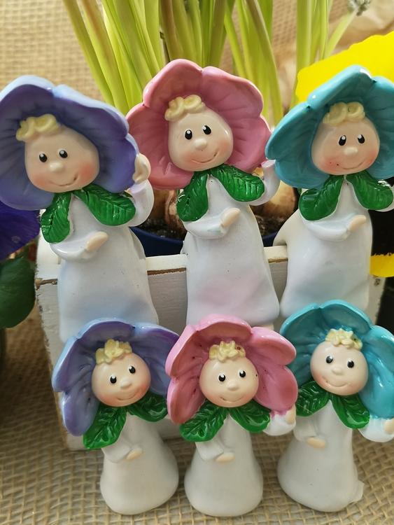 Blomsterbarn till krukor