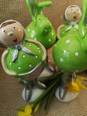 Påskfigurer i grönt