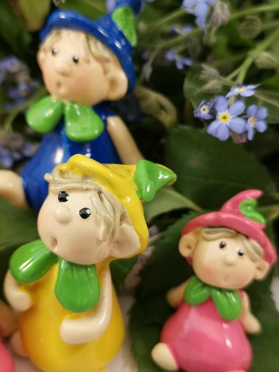 Blomsterbarn 4 olika färger och 2 storlekar