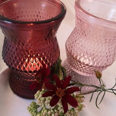Glaslykta/vas i rosa toner
