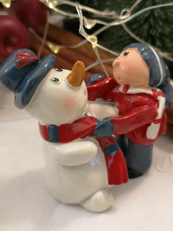 Snögubbe med kompis