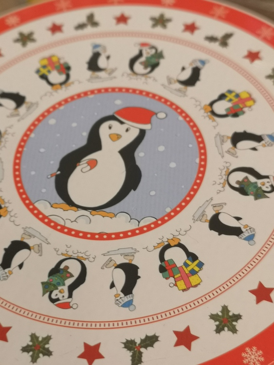 Plåtburkar, pingviner