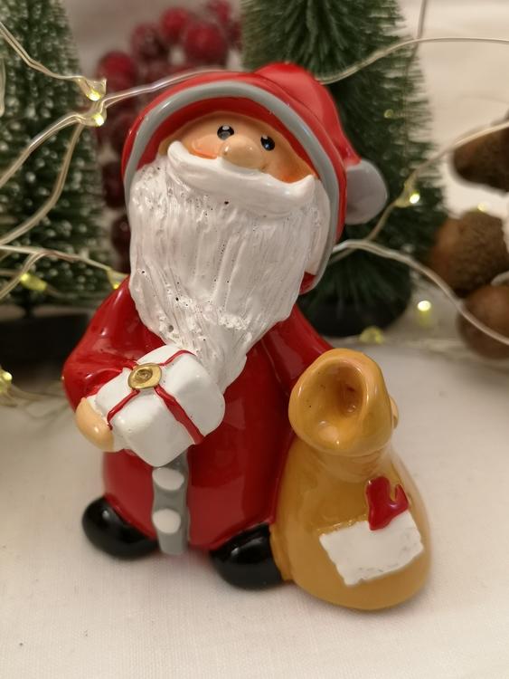 Jultomte med paketsäck