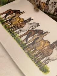 Assiett  hästar