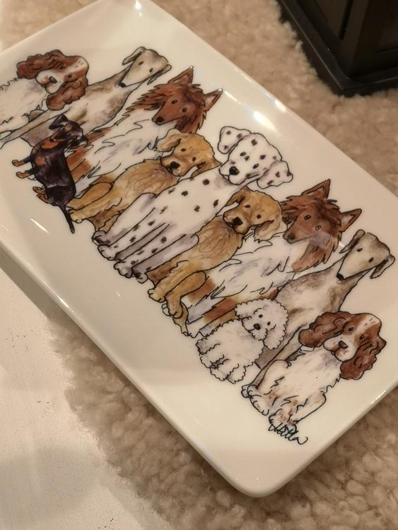 Assiett  hundar motiv 2