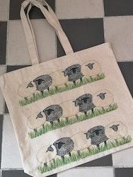 Tygkasse med får