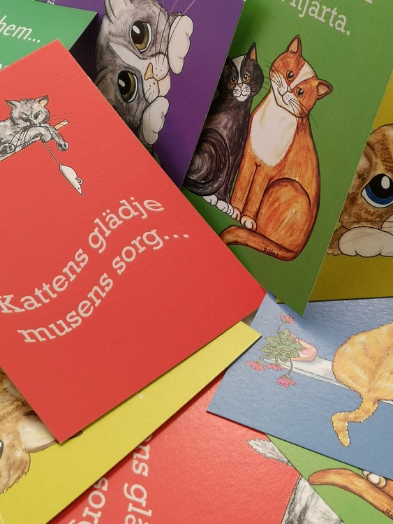 vykort i klara färgen med katter och citat