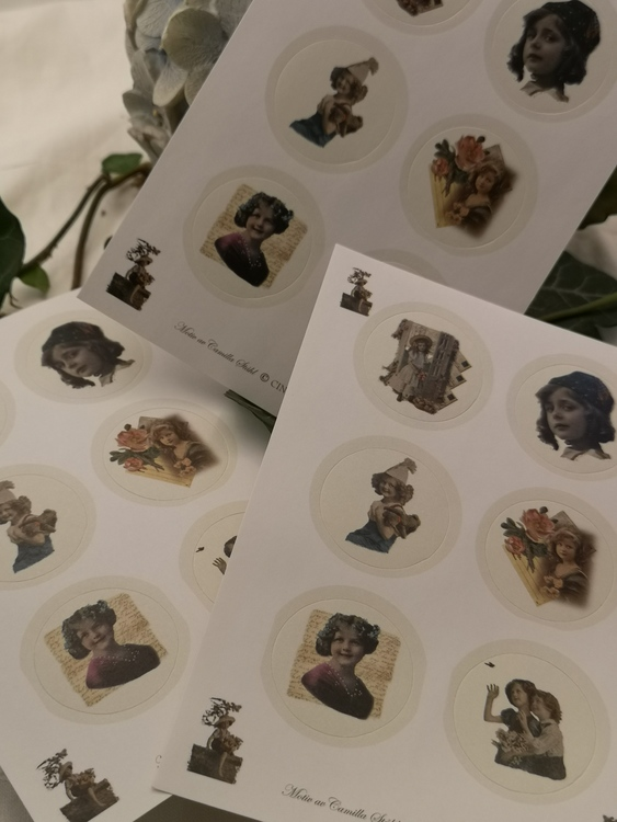 Stickers, Dåtid 1