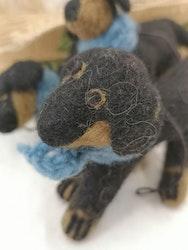 Hund med halsduk