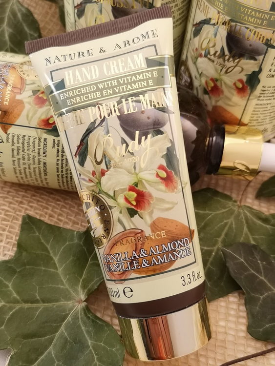 Apothecary Hand Cream Vanilla & Almond