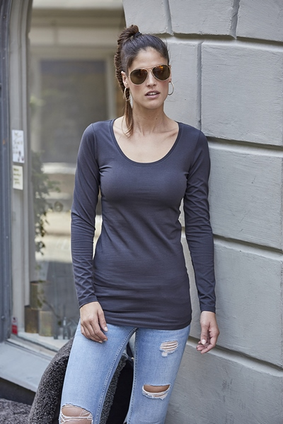 Fashion Stretch Long Sleeve Tee