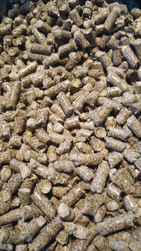 Fårullsgödsel, pellets